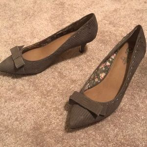 Seychelles light brown kitten heels